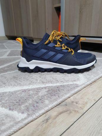 Pantofi sport adidas Kanadia Trail