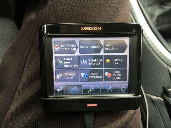 Навигация MEDION E3230
