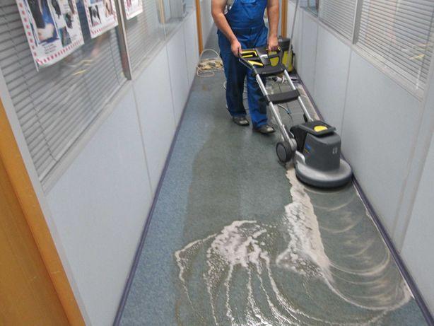 Чистка ковролина ковролана, химчистка офисного покрытия, мягкой мебели