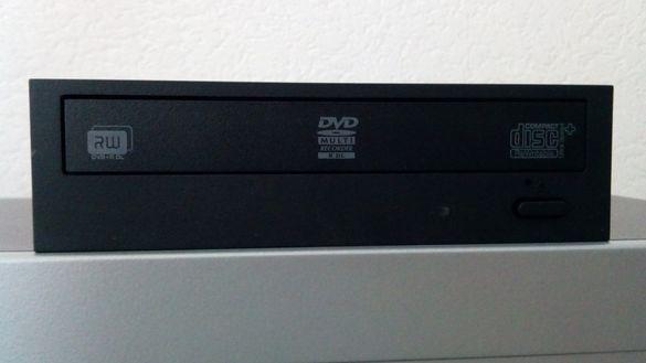 Продавам записващо DVD Sony Sata