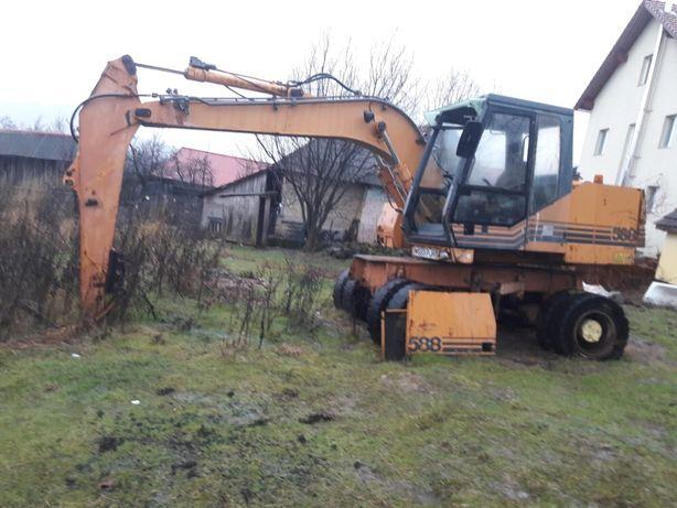 Dezmembrez excavator Case 588, și 688 de 14,5 tone, motor,  pompa