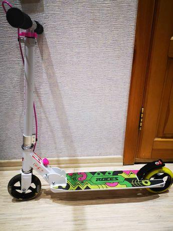 Продам Самокат 2-х колесный Roces 145 Детский/подростковый