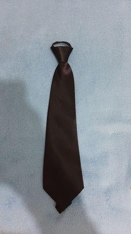 Новый галстук на ребёнка