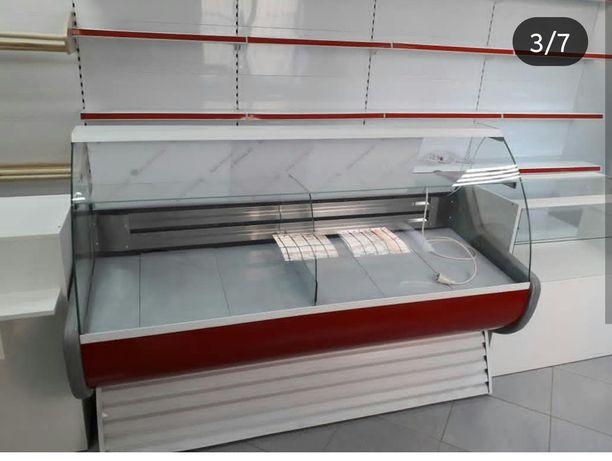 Витринный холодильники в наличии