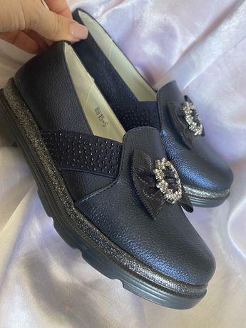 Туфли на девочку, 33 размер, кросовки 31