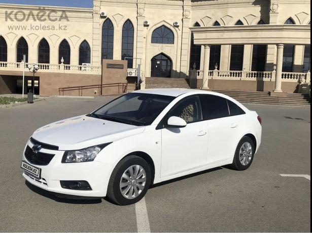 Продам автомобиль Chevrolet Cruze 1.8л Автомат 144л/с