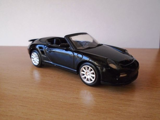 Macheta auto cu licenta Porsche 911 Turbo Cabriolet, Motor Max, 1:43