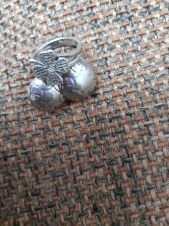 Inel trifoi,cercei cu surub din argint S 925