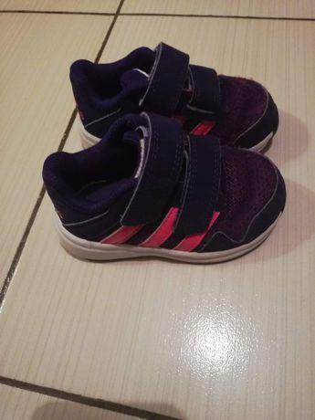 Adidași Adidas nr 20