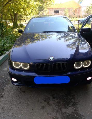 Продам BMW, 520,б/У седан, 2л,КПП механика