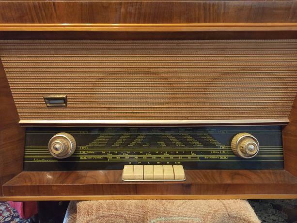 Radio cu clape si pickup Electronica