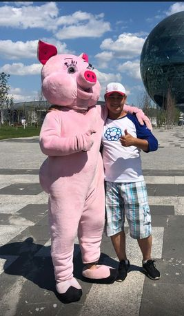 Продам ростовая кукла хрюндель/заяц розовый