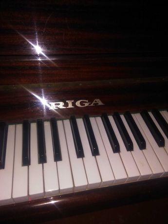 """Пианино """"Рига"""" в хорошем состоянии 15.000 тг."""