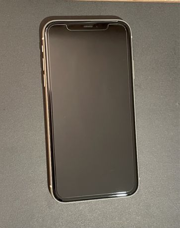 Iphone 11 white 128 lGB