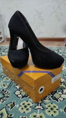 Женские туфли.  Сатылады
