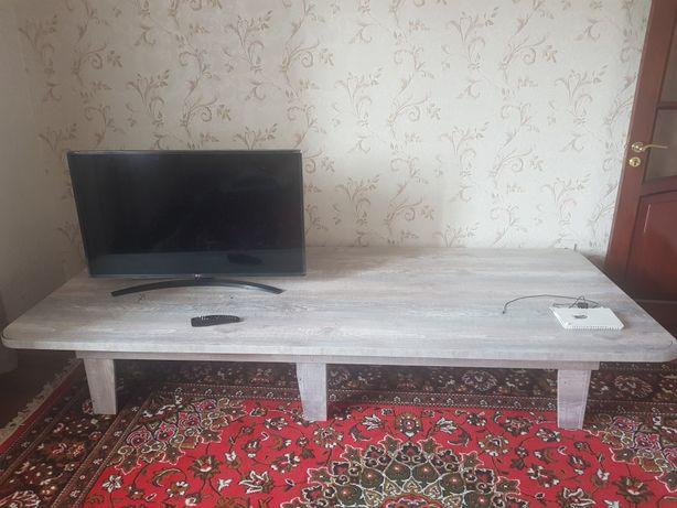 Гостиный  стол СРОЧНО продаётся