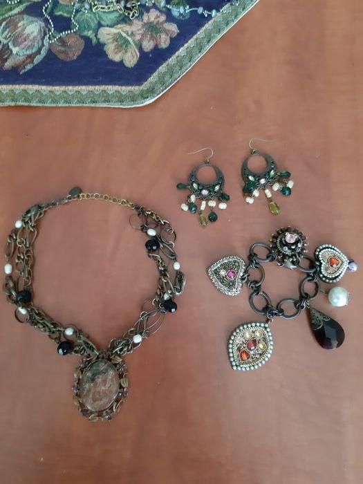 Set colier, bratara si cercei vintage Baia - imagine 1