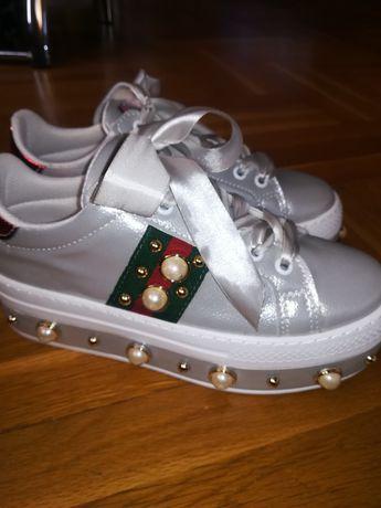 Нови спортни обувки No 38