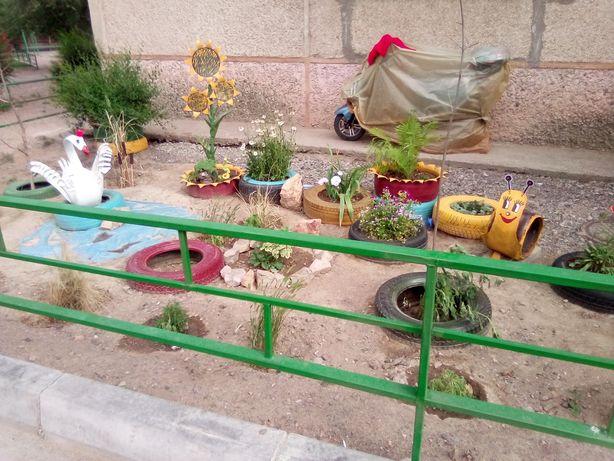 Продам цветочные клумбы для сада