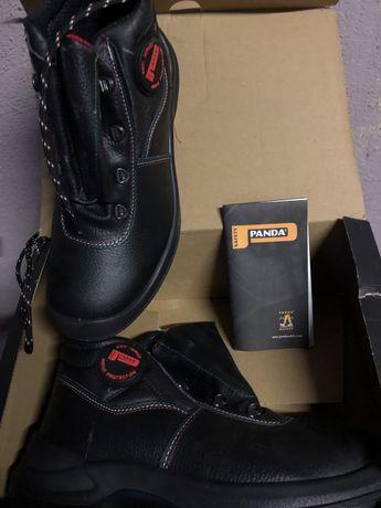 Работни обувки чисто нови!