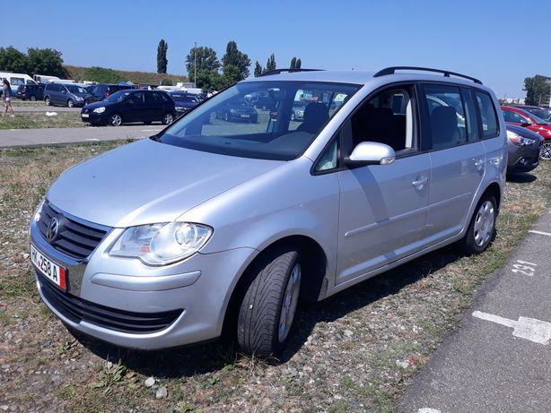 VW TOURAN 7 locuri