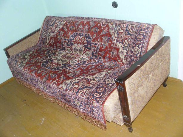 -mobila .. canapea diversa