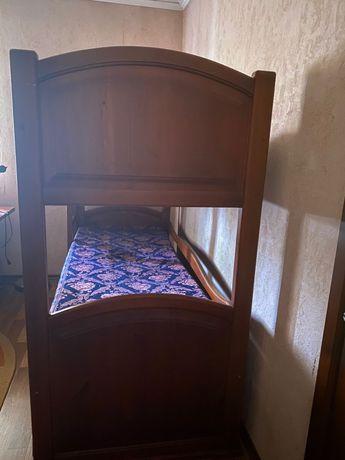Кровать в отдичном состояние