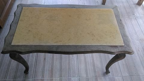 Уникална ретро холна маса с мраморен плот