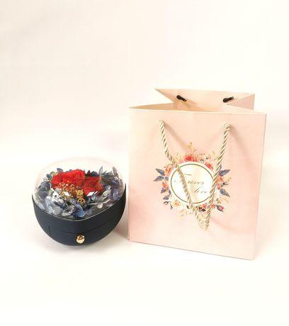 Cutie bijuterii cu trandafir criogenat