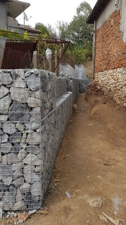 Изработване и монтаж на ограда от габиони