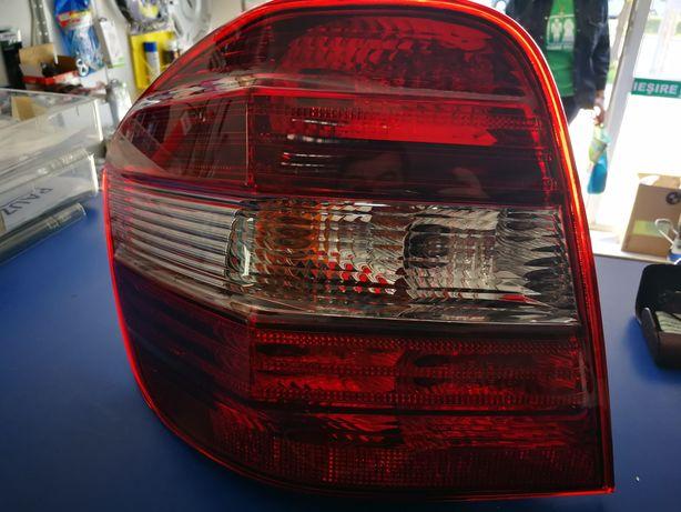 Lampa  STG spate Mercedes ML (W164)