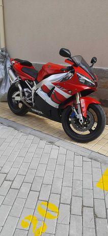 Yamaha R1 на части