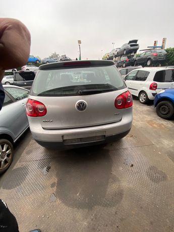 Dezmembrez VW Golf 5,1.9 tdi