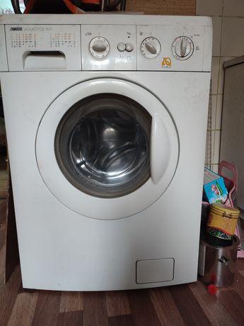 Продам стиральную машину 20000