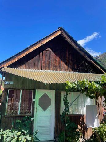 2 case cu numărul 347-348