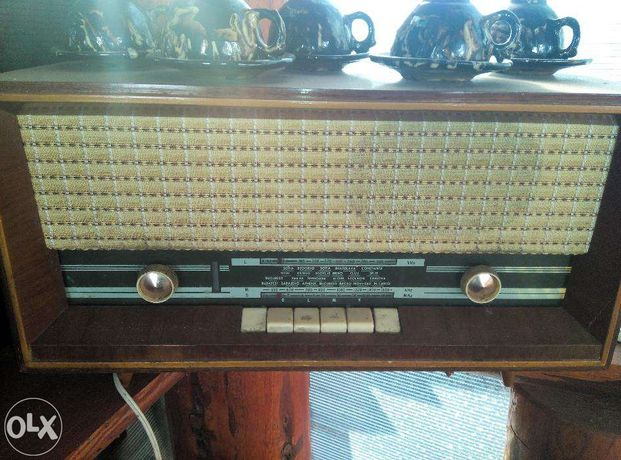 Aparat radio vechi pentru colectie vand sau schimb
