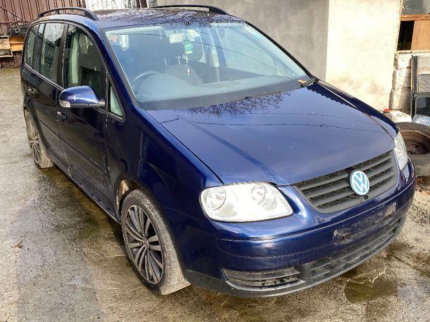 Dezmembrez Volkswagen VW Touran 2005 1.9TDI BKC 7 Locuri