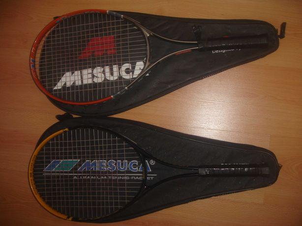 Две теннисных ракеток