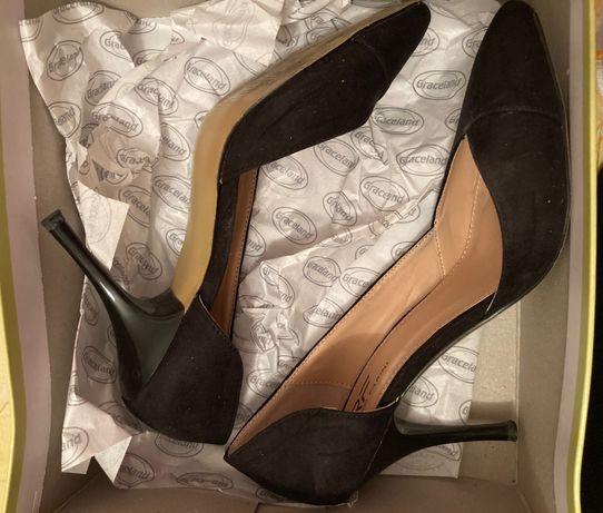Стилни дамски обувки на висок ток Riccardo Farini
