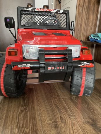 Masinuta electrica Jeep Drifter