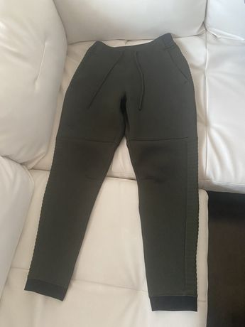 Pantaloni under armour grn nike adidas jordan north face