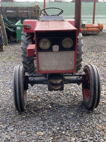 Tractor romanesc 26 cp utb + freza-lundar -masina cartofi -prasitoare