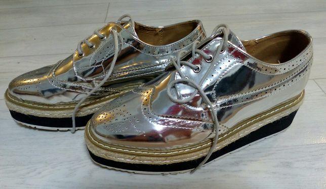 Продам красивую обувь