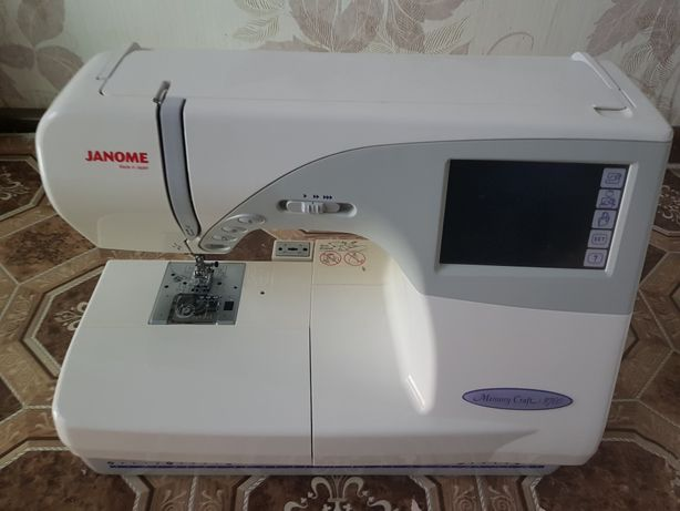 Швейно-вышивальная машина JANOME 9700