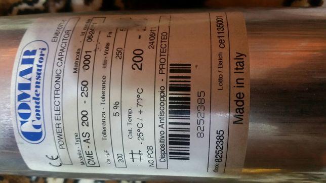 Condensator 200 microFarazi/250 vca