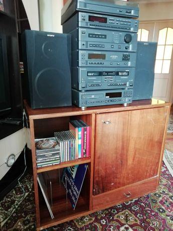 Тумба для музыкальной аппаратуры или ТВ