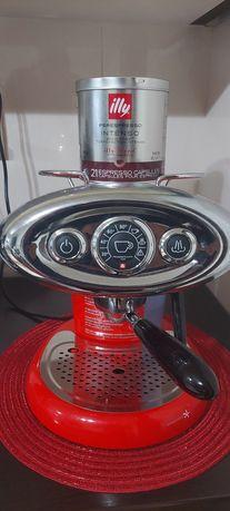 Illy aparat cafea