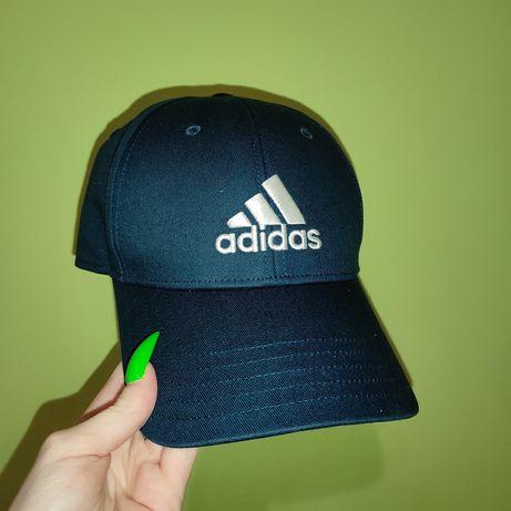 Синяя кепка Adidas