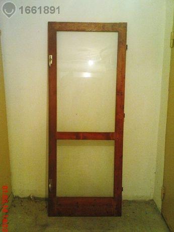 Врата за тераса със две брави и три панти,185/72, 45 лв.
