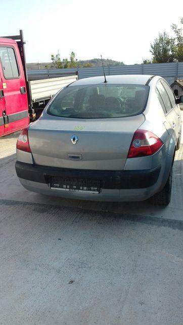 Dezmembrez Renault megan 2.0 fsi benzina.